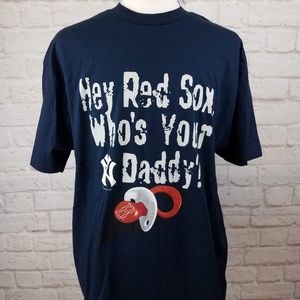 """MLB New York Yankees """"Who's Your Daddy"""" T-Shirt."""